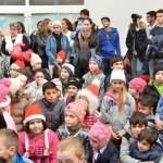 De sarbatori, Fundatia Scheherazade imparte bucurie la Bucsani (11)